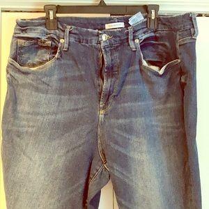 Good American Straight leg Jeans!